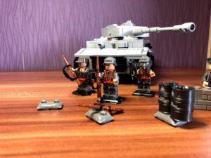 Lego Militär Figuren und Panzer