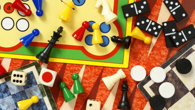 5 Brettspiel-Klassiker, die jeder kennen sollte